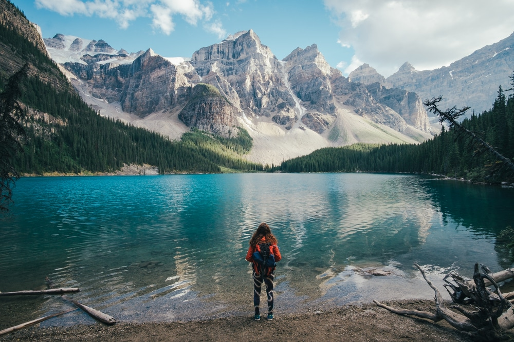 Female travelling alone in Canada
