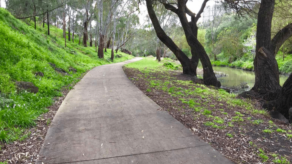 Merri Creek Trail bike track in Melbourne